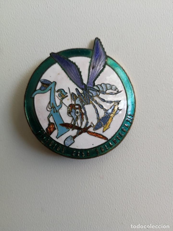 ANTIGUO Y PRECIOSO DISTINTIVO ESMALTADO ROKISKI - EMBLEMA INSIGNIA ORIGINAL - ADIOS CASA SOLARIEGA (Militar - Medallas Españolas Originales )