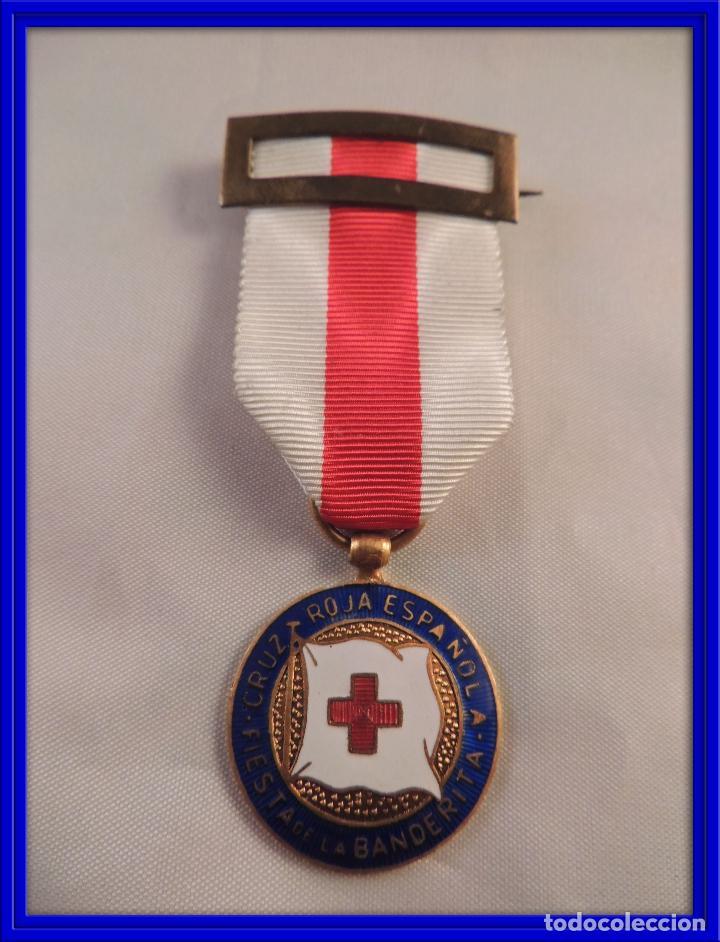 MEDALLA CRUZ ROJA ESPAÑOLA FIESTA LA BANDERITA (Militar - Medallas Españolas Originales )