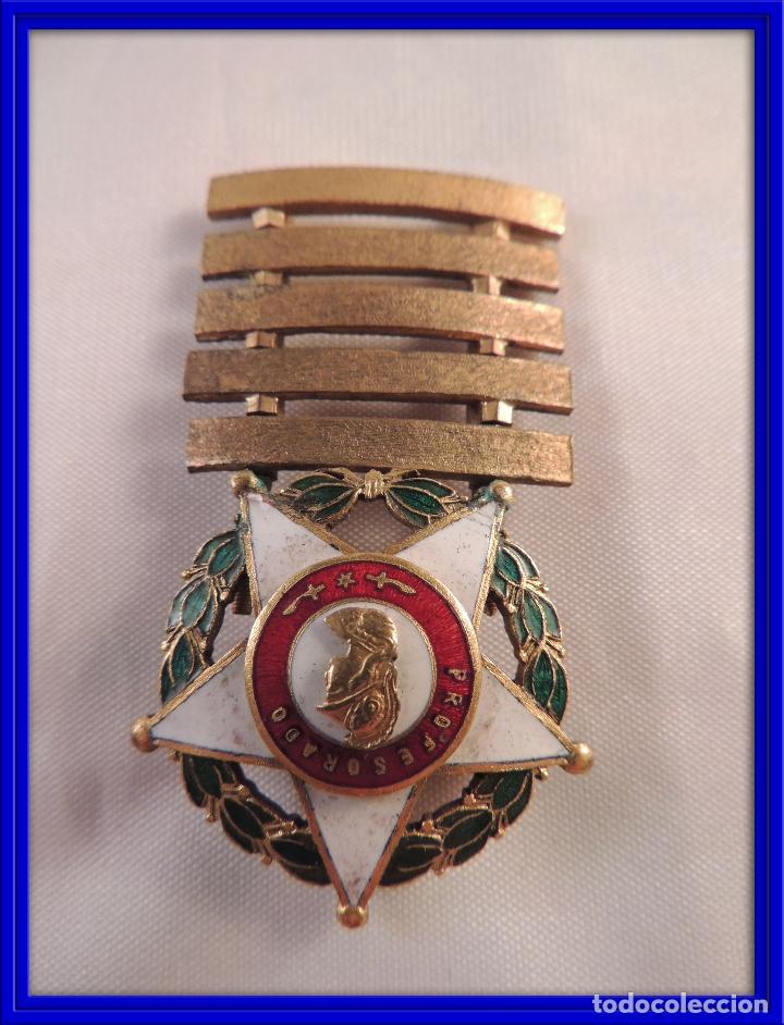 MEDALLA DISTINTIVO PROFESORADO MILITAR 30 AÑOS (Militar - Medallas Españolas Originales )