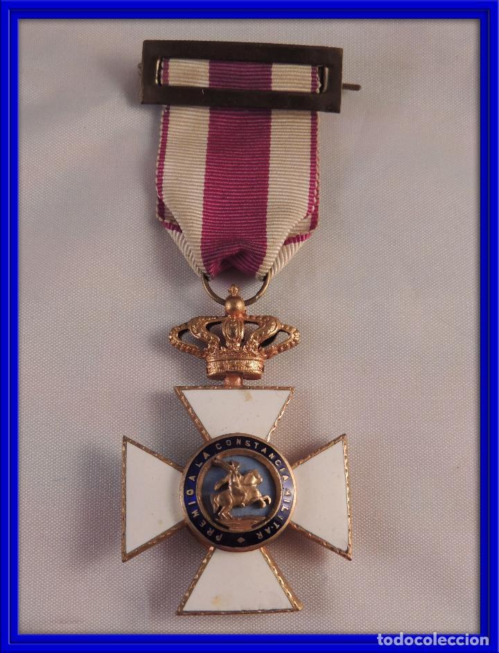 MEDALLA MILITAR ORDEN DE SAN HERMENEGILDO PREMIO A LA CONSTANCIA FERNANDO VII (Militar - Medallas Españolas Originales )