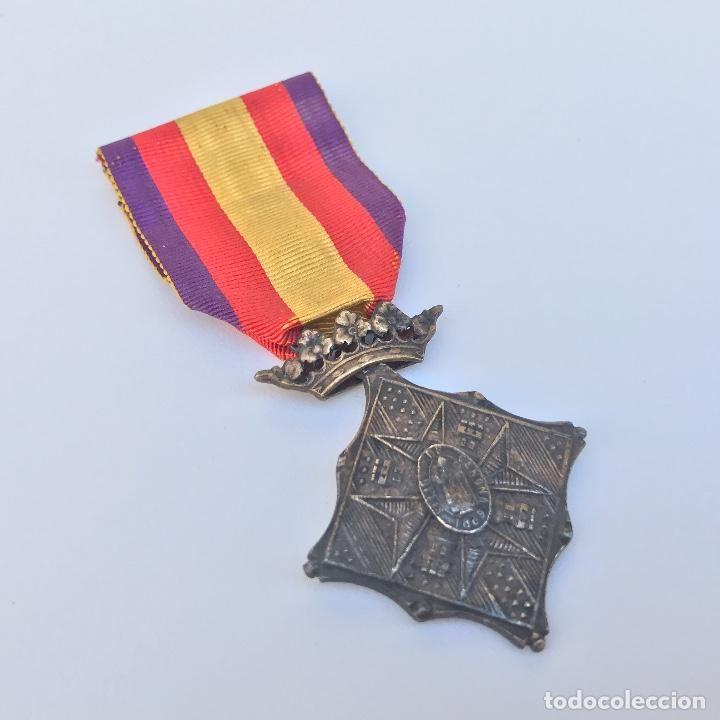 Militaria: Medalla de centenario de la Batalla de Gerona. Categoría plata. - Foto 2 - 155321553