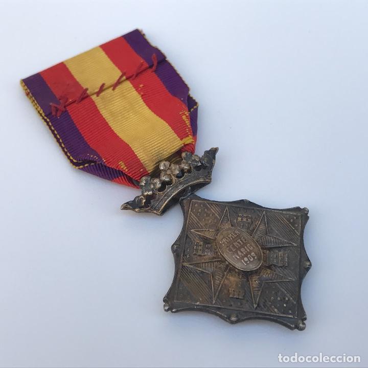 Militaria: Medalla de centenario de la Batalla de Gerona. Categoría plata. - Foto 4 - 155321553