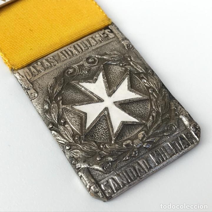 MEDALLA PARA DAMAS AUXILIARES DE SANIDAD MILITAR. GUERRA CIVIL ESPAÑOLA. (Militar - Medallas Españolas Originales )