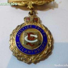 Militaria: ANTIGUA Y PRECIOSA MEDALLA MASONICA INGLESA DE METAL ESMALTADA. PERTENECIENTE A GALLARD DE JOSA. Lote 99028323
