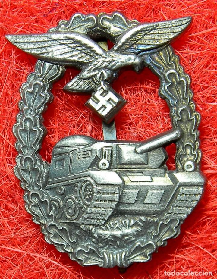 LUFTWAFFE LUCHA CONTRACARROS. PANZERKAMPFABZEICHEN DER LUFTWAFFE. MEDIDAS: 60 X 45 MM. (Militar - Reproducciones y Réplicas de Medallas )