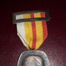 Militaria: CONDECORACION MEDALLA PERINIGRACION SINDICAL A ROMA, AÑO 1961. Lote 102101427