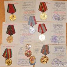 Militaria: LOTE 3 DE OCHO MEDALLAS SOVIETICOS PARA UNA PERSONA CON PAPELES.KRAVCHENCO.URSS. Lote 102269027