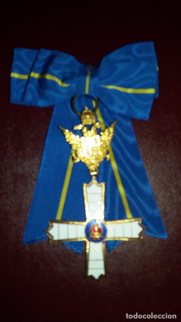 CONDECORACION CRUZ ORDEN CABALLEROS Y DAMAS MOZARABES. (Militar - Medallas Españolas Originales )
