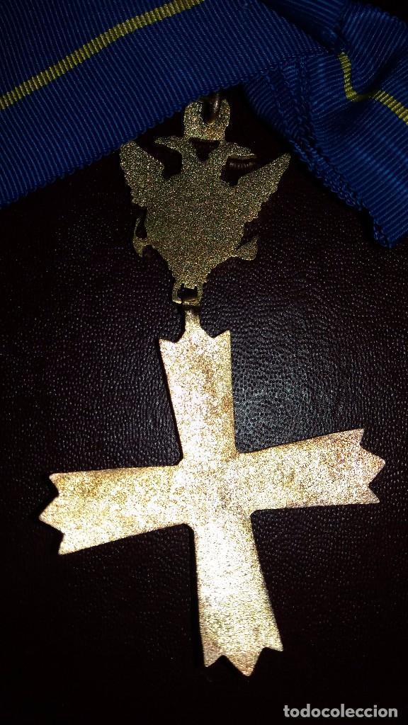 Militaria: CONDECORACION CRUZ ORDEN CABALLEROS Y DAMAS MOZARABES. - Foto 3 - 102812339