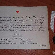 Militaria: MEDALLA+ TARJETA DE AGRADECIMIENTO DE CRUZ ROJA, AÑO 1955. Lote 103142795