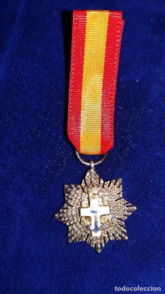 CONDECORACION MINIATURA CRUZ DE GUERRA AL MERITO NAVAL (Militar - Medallas Españolas Originales )