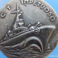 Militaria: MEDALLA ITALIANA CONMEMORATIVA. BUQUE C.T. IMPETUOSO. PLATA DE 800.. Lote 105587983