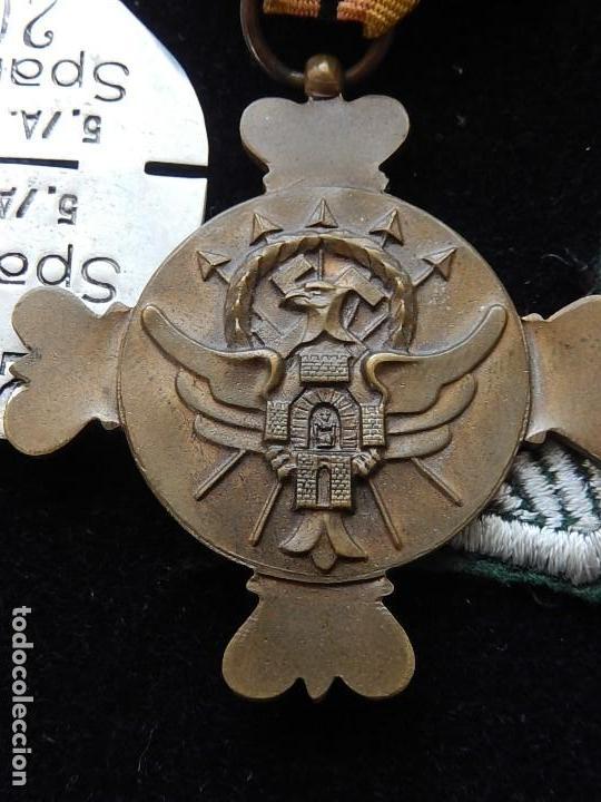 Militaria: Cuadro conjunto de recompensas, distintivos relacionados con la División Azul / Ejército Alemán (2) - Foto 11 - 106644455