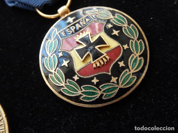Militaria: Cuadro conjunto de recompensas, distintivos relacionados con la División Azul / Ejército Alemán (2) - Foto 41 - 106644455