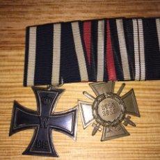 Militaria: PASADOR IGM CRUZ DE HIERRO DE II Y CRUZ HINDENBURG. Lote 33905669