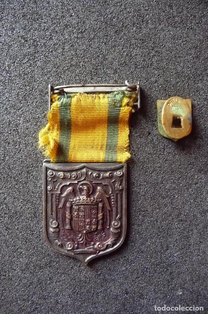 Militaria: (JX-171251)Medalla e insignia de ojal de Mutilados de Guerra por España , Franco 18 de Julio de 1936 - Foto 4 - 107098947