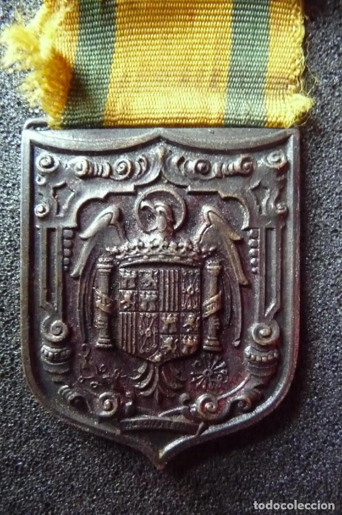 Militaria: (JX-171251)Medalla e insignia de ojal de Mutilados de Guerra por España , Franco 18 de Julio de 1936 - Foto 5 - 107098947