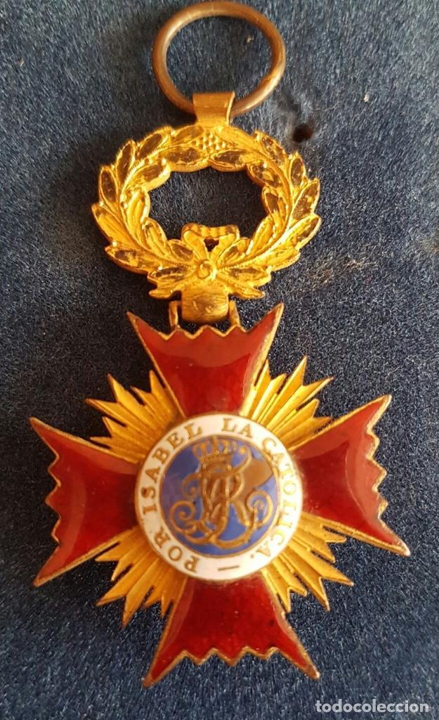 CRUZ DE LA ORDEN DE ISABEL LA CATÓLICA - ÉPOCA FERNANDO VII (Militar - Medallas Españolas Originales )
