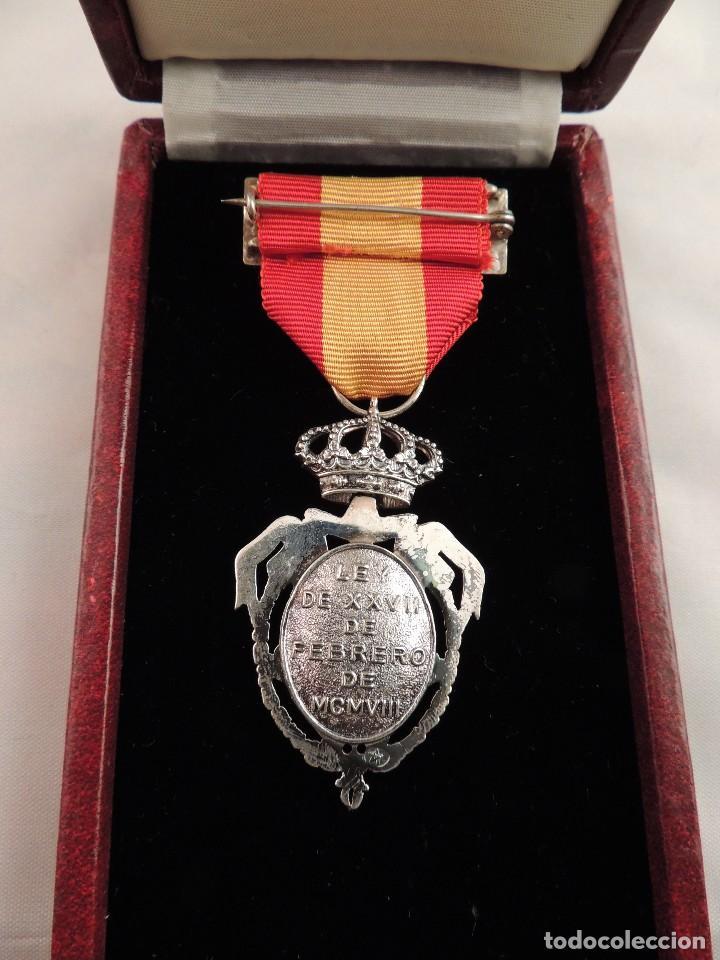 Militaria: MEDALLA INSTITUTO NACIONAL DE PREVISION EN PLATA LEY DE 1908 - Foto 4 - 107302127