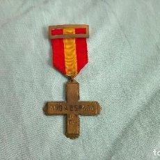 Militaria: GUERRA CIVIL ..CRUZ AMO ESPAÑA ,PARA LOS DONANTES DE ORO NACIONALES 1936-39. Lote 108208107