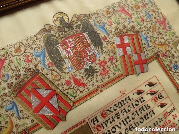 CONCESION DE LA MEDALLA DE ORO DE BARCELONA A MUY ALTO POLITICO FRANQUISTA. FIRMADO POR SAMARANCH. (Militar - Medallas Españolas Originales )