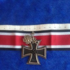 Military - Cruz de la Orden de Caballero de la Cruz de Hierro con Hojas de Roble y espadas, con cinta - 113149559
