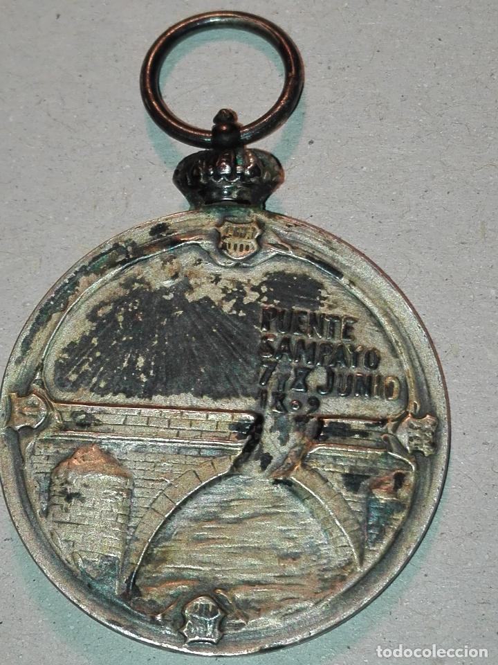 Militaria: Medalla de Puente Sampayo. Plata. - Foto 2 - 114725923
