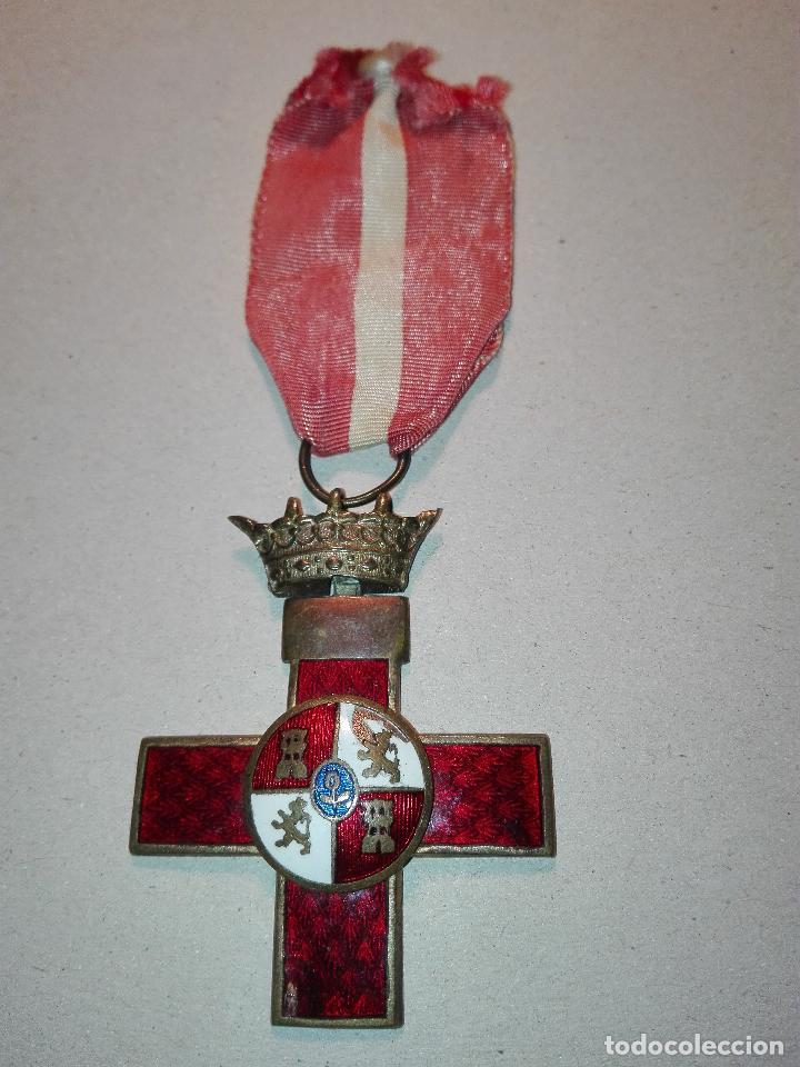 MEDALLA DEL MERITO MILITAR DISTINTIVO ROJO. EPOCA DE FRANCO (Militar - Medallas Españolas Originales )
