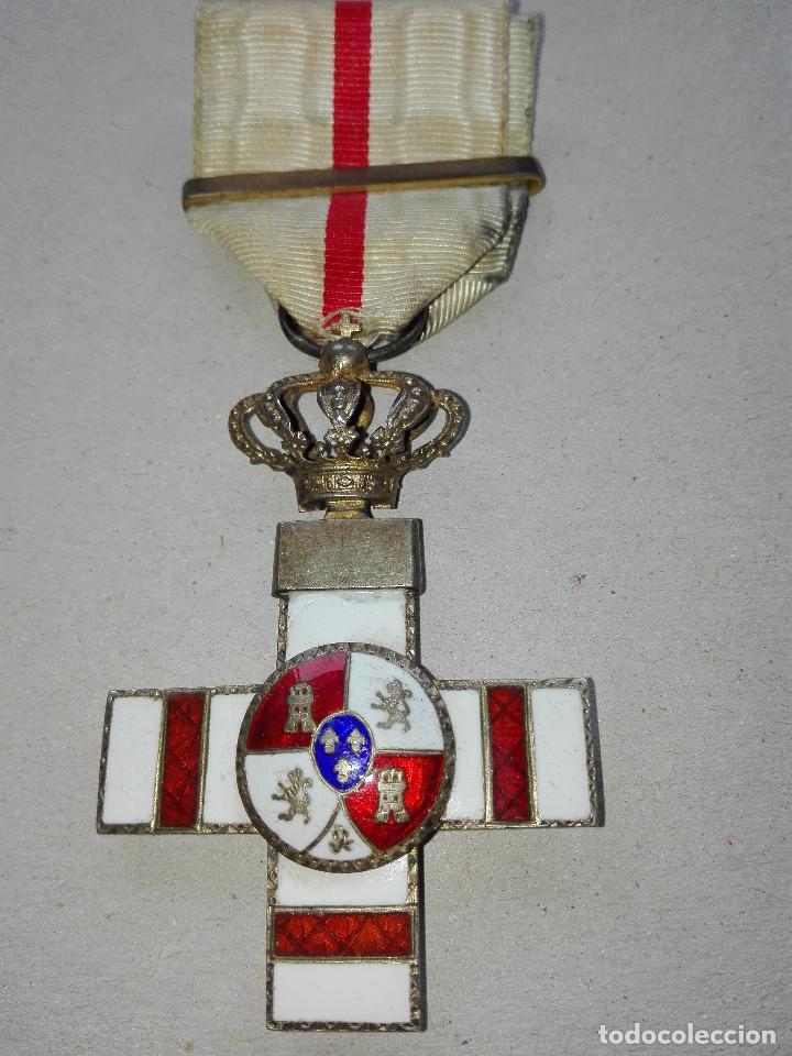 MEDALLA MÉRITO MILITAR PENSIONADA. ISABEL II (Militar - Medallas Españolas Originales )