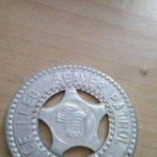 Militaria: FICHA DE LOS BOYS SCOUT DE LA PATRULLA CASTOR EN ALUMINIO. Lote 115542907