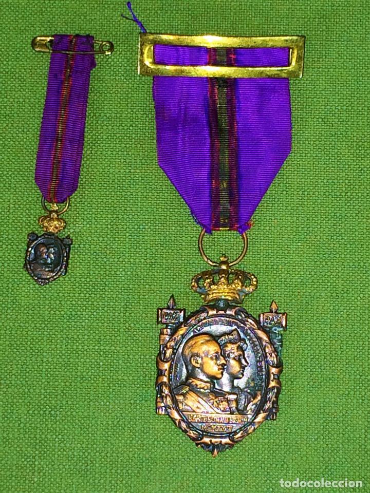 MEDALLAS CONMEMORACIÓN ANIVERSARIO SOMATENES. METAL. SEDA. ESPAÑA. 1923 (Militar - Medallas Españolas Originales )