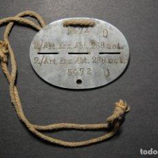 Militaria: CHAPA DE IDENTIFICACION Y CUERDA ORIGINAL DE MIEMBRO DE LA ARTILLERIA MOTORIZADA.2ª GUERRA MUNDIAL. Lote 116821071