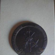 Militaria: GRAN MEDALLA DE BRONCE DE LA BRIGADA ALFONSO XIII DE LA LEGIÓN. Lote 117122659