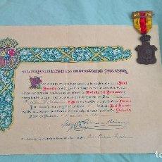 Militaria: MEDALLA HOMENAJE DE LOS AYUNTAMIENTOS A LOS REYES 23 ENERO 1925.CON CONCESION,DIPLOMA,TITULO.. Lote 118238215