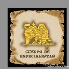Militaria: AZULEJO 10X10 CON EL EMBLEMA DEL CUERPO DE ESPECIALISTAS. MOD: PERGAMINO. Lote 122252419