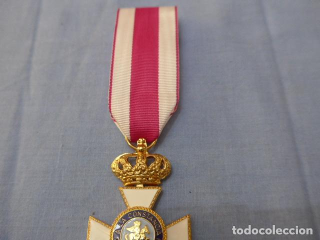 Militaria: * Medalla del orden de san hermenegildo de Juan Carlos I. Original. ZX - Foto 3 - 122257023