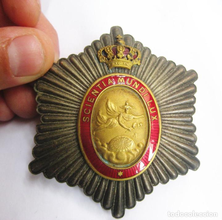 Militaria: preciosa gran placa Placa Scientia Mundi Lux-Placa en Plata modelo monarquico Alfonso XIII - Foto 2 - 122335643