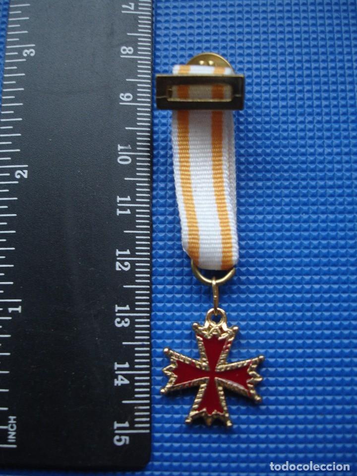 Militaria: MEDALLA MINIATURA ORDEN DE ISABEL LA CATOLICA - Foto 2 - 122925971