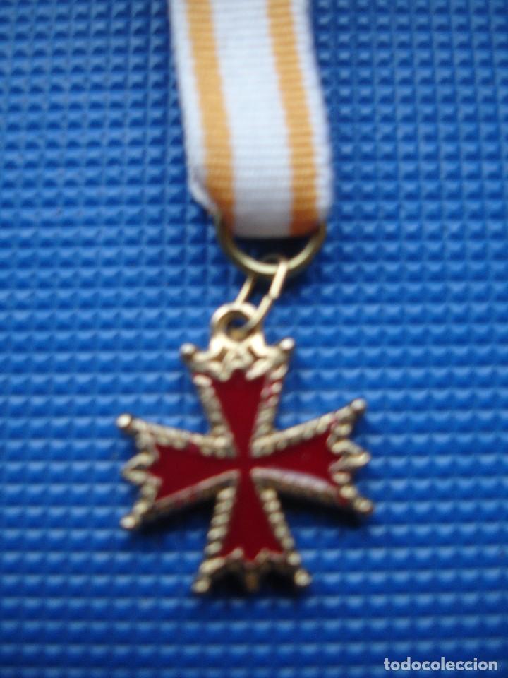 Militaria: MEDALLA MINIATURA ORDEN DE ISABEL LA CATOLICA - Foto 3 - 122925971