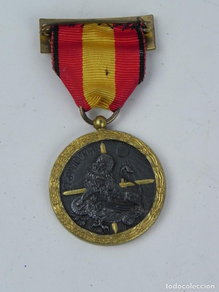 Militaria: MEDALLA DE LA GUERRA CIVIL, 17 JULIO 1936. ARRIBA ESPAÑA. BUEN ESTADO. - Foto 2 - 126343619