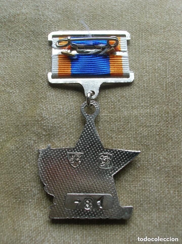 Militaria: ORDEN UCRANIANA AL HEROISMO EN CHERNOBYL. PROTECCIÓN CIVIL. AL HEROE DE CHERNOBYL. RARA. - Foto 4 - 186337025