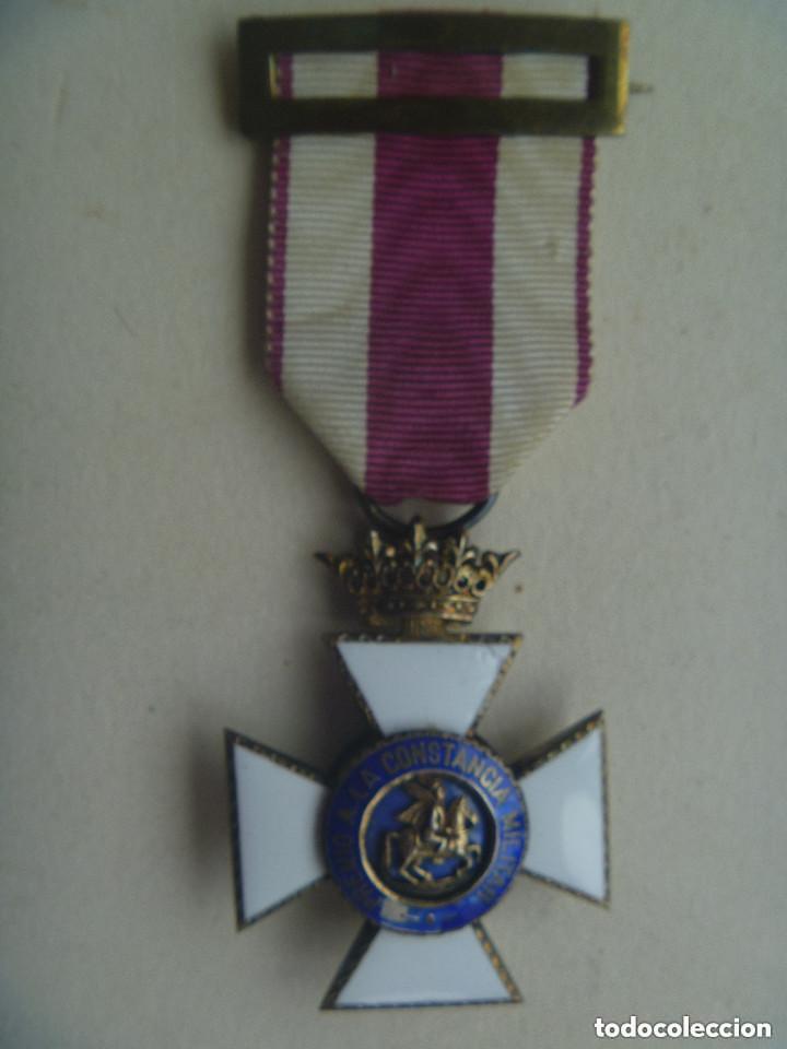 MEDALLA CRUZ DE SAN HERMENEGILDO EPOCA DE ALFONSO XIII MODIFICADA DE FRANCO CON CORONA IMPERIAL (Militar - Medallas Españolas Originales )