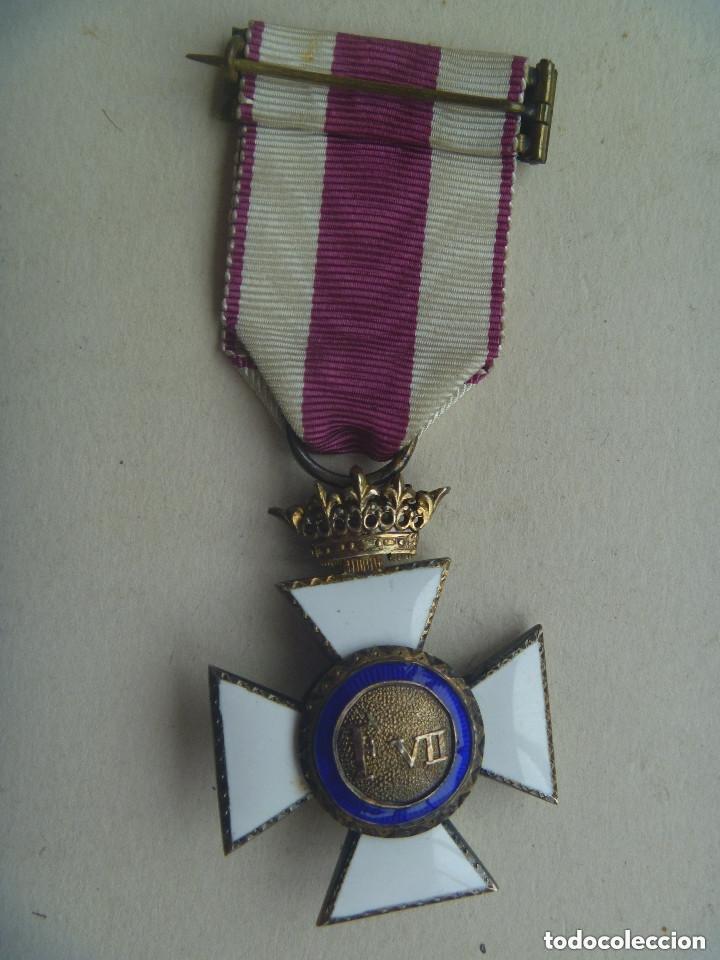 Militaria: MEDALLA CRUZ DE SAN HERMENEGILDO EPOCA DE ALFONSO XIII MODIFICADA DE FRANCO CON CORONA IMPERIAL - Foto 3 - 127808883