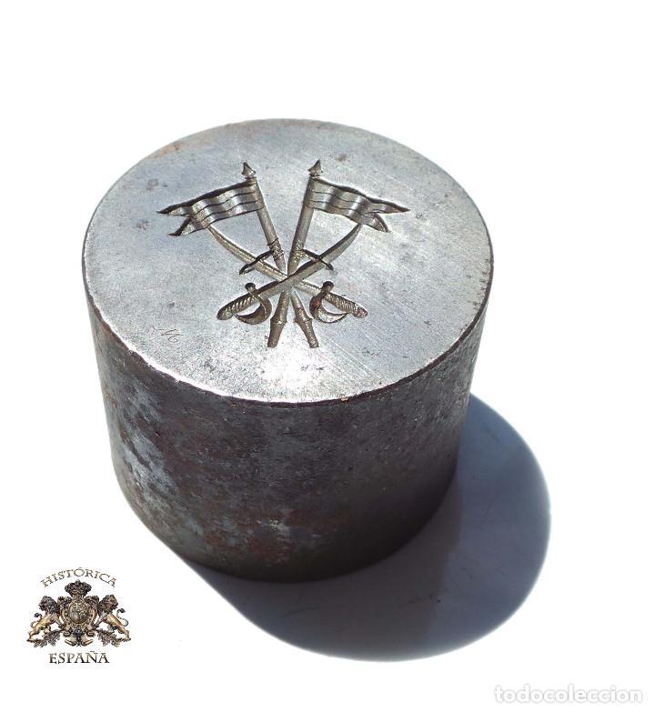 TROQUEL.- DISTINTIVO DE CABALLERÍA. ALFONSO XIII (Militar - Medallas Españolas Originales )