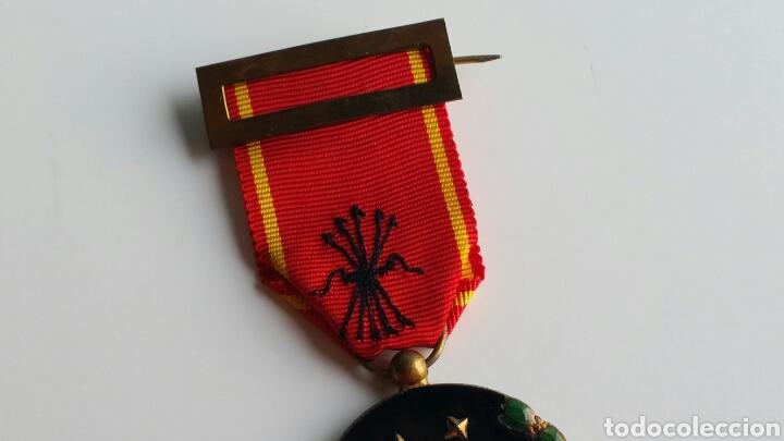 Militaria: MEDALLA FALANGE VIEJA GUARDIA EXP 38668 DE 1936 ORIGINAL EXCELENTES ESMALTES - Foto 3 - 128231547