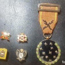 Militaria: MEDALLA MILITAR GUARDIA DE FRANCO CARLISTA E INSIGNIAS CARLISTAS REQUETE. Lote 128821307