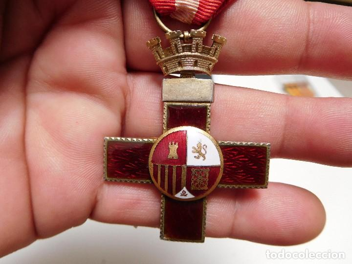 CRUZ AL MÉRITO MILITAR DISTINTIVO ROJO II REPÚBLICA (Militar - Medallas Españolas Originales )