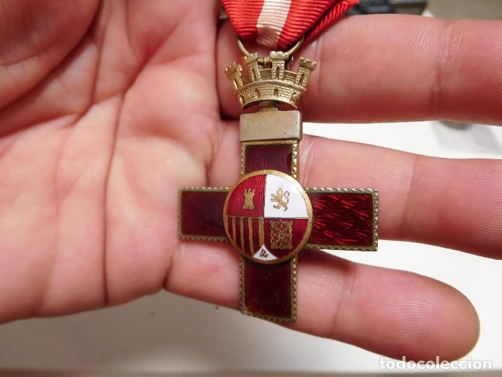 Militaria: Cruz al mérito militar distintivo rojo II República - Foto 4 - 129177171