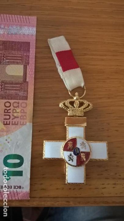 MEDALLA AL MÉRITO MILITAR. DISTINTIVO ROJO (Militar - Medallas Españolas Originales )