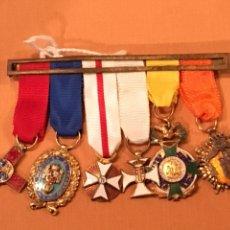 Militaria: MEDALLAS MILITARES EN MINIATURA , 6 MEDALLAS ORIGINALES CON SU PASADOR. Lote 129696490